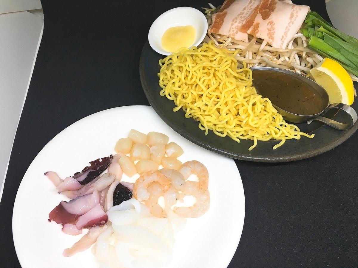 海鮮鹽炒麵