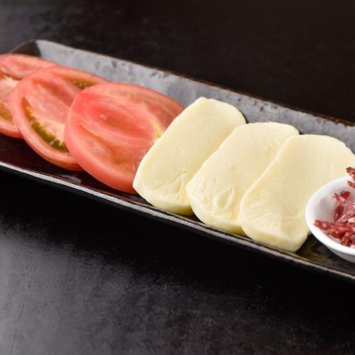 鉄板トマトチーズ