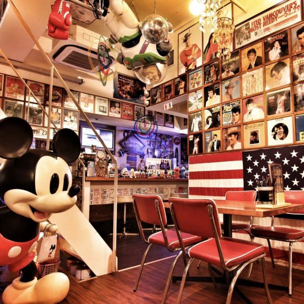 【American pop fashionable space】 Unusual space surprised at the moment of entering the shop! It is recommended for the secretary who wants to party or party at a little unusual shop as well as the girls' party and birthday ♪ Once you go, you will want to take your friends and want to go again, it's a fun shop!