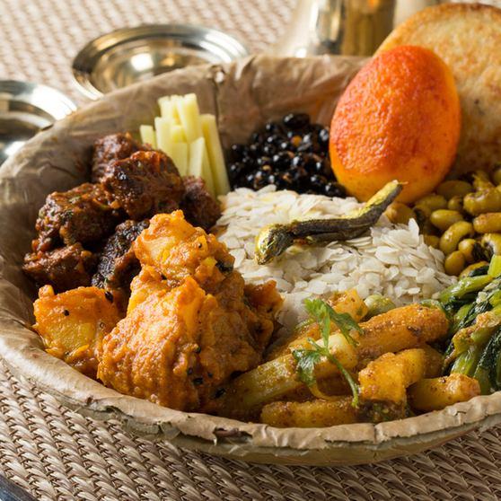 매운 민족 요리들