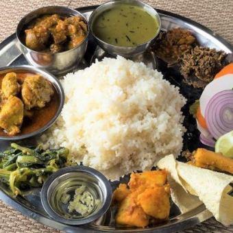 ★2.5時間飲み放題付き★ ネパール「タカリダルバット」セットコース Thakali dal bhat Course