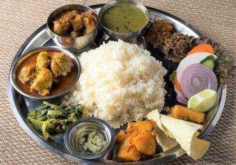 """★2.5小時免費全友暢飲★尼泊爾""""Takari Dalbat""""套餐課程Thakali dal bhat課程"""