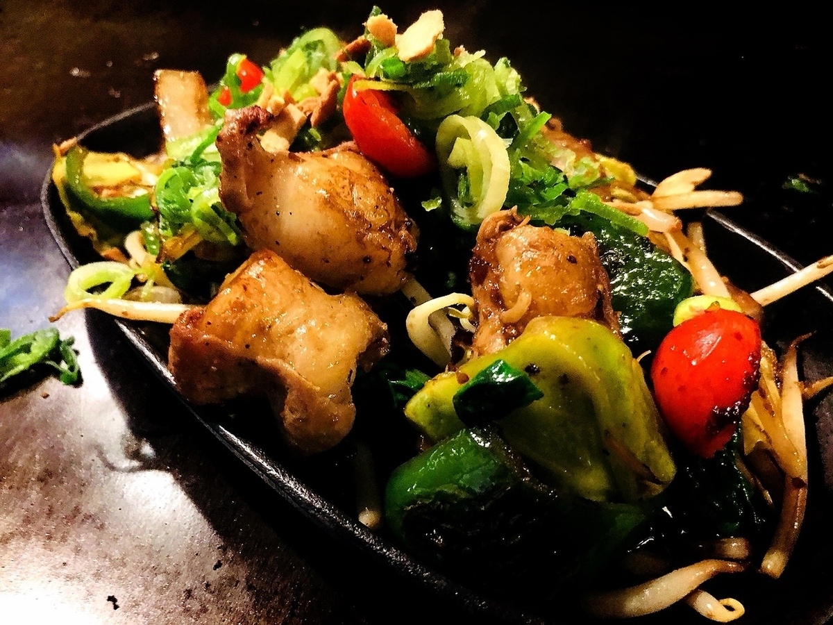 Grilled vegetables with Wagyu beef with garlic