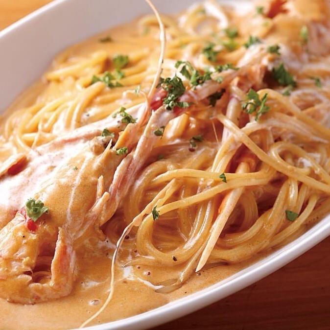 扇貝蝦的美國醬意大利面