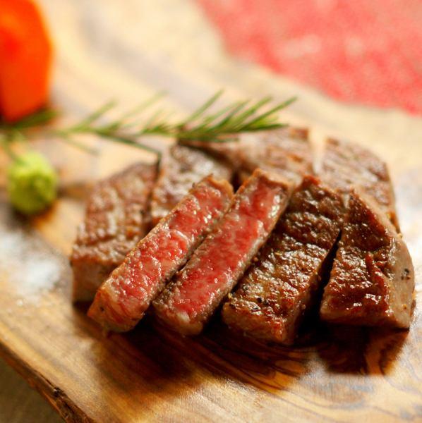 Okayama Niimi Senya cattle A-5 aged meat steak 150g sirloin