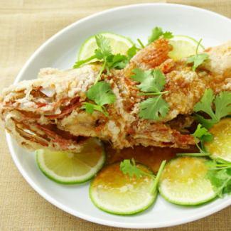 本日のお魚の唐揚げ ガーリックソース