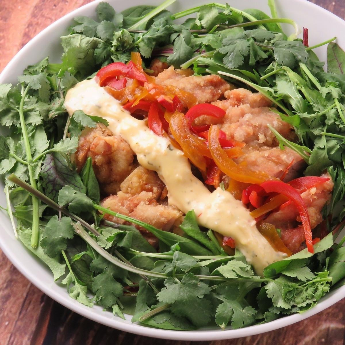 雞肉南蠻和Pakuti沙拉