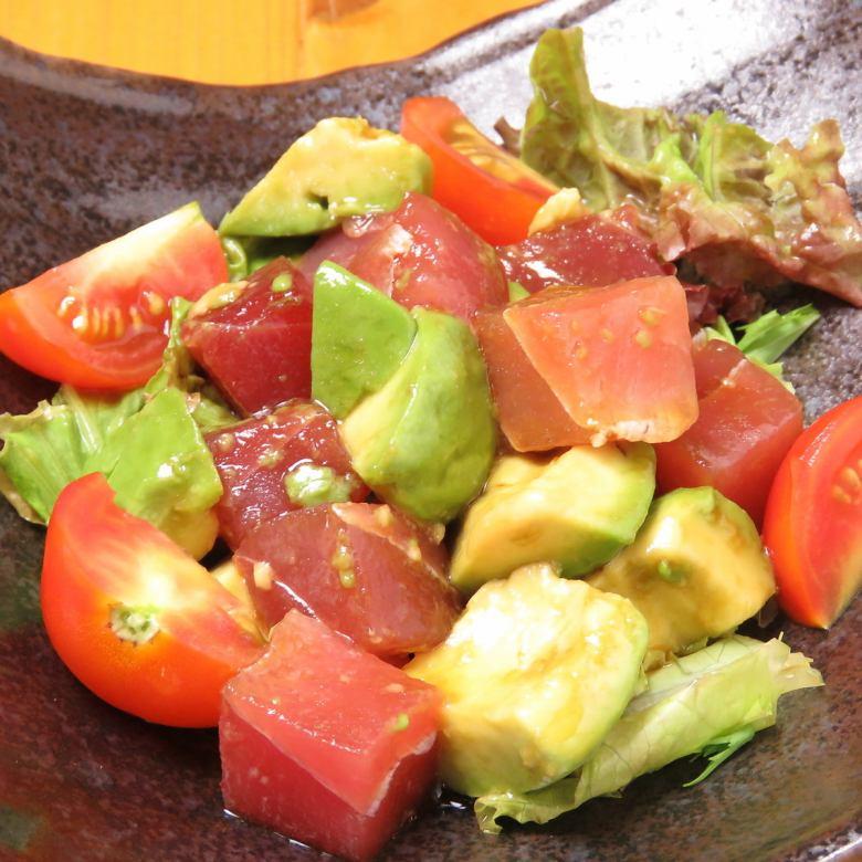 아보카도와 해물 샐러드