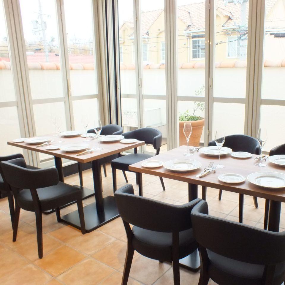 我们在二楼有一个露台座位,即使在雨天也可以享受舒适的住宿♪妇女协会,如果你指定◎你会收到2000日元作为私人房间费用。