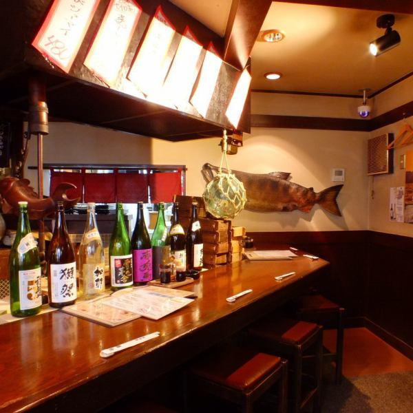 落ち着いた雰囲気でしっぽりと飲める、いろりのお席は常連さんにも人気です。