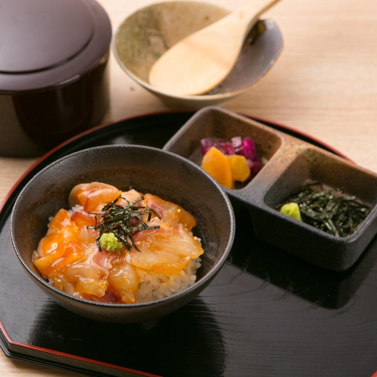 Uwajima风格的渔夫餐