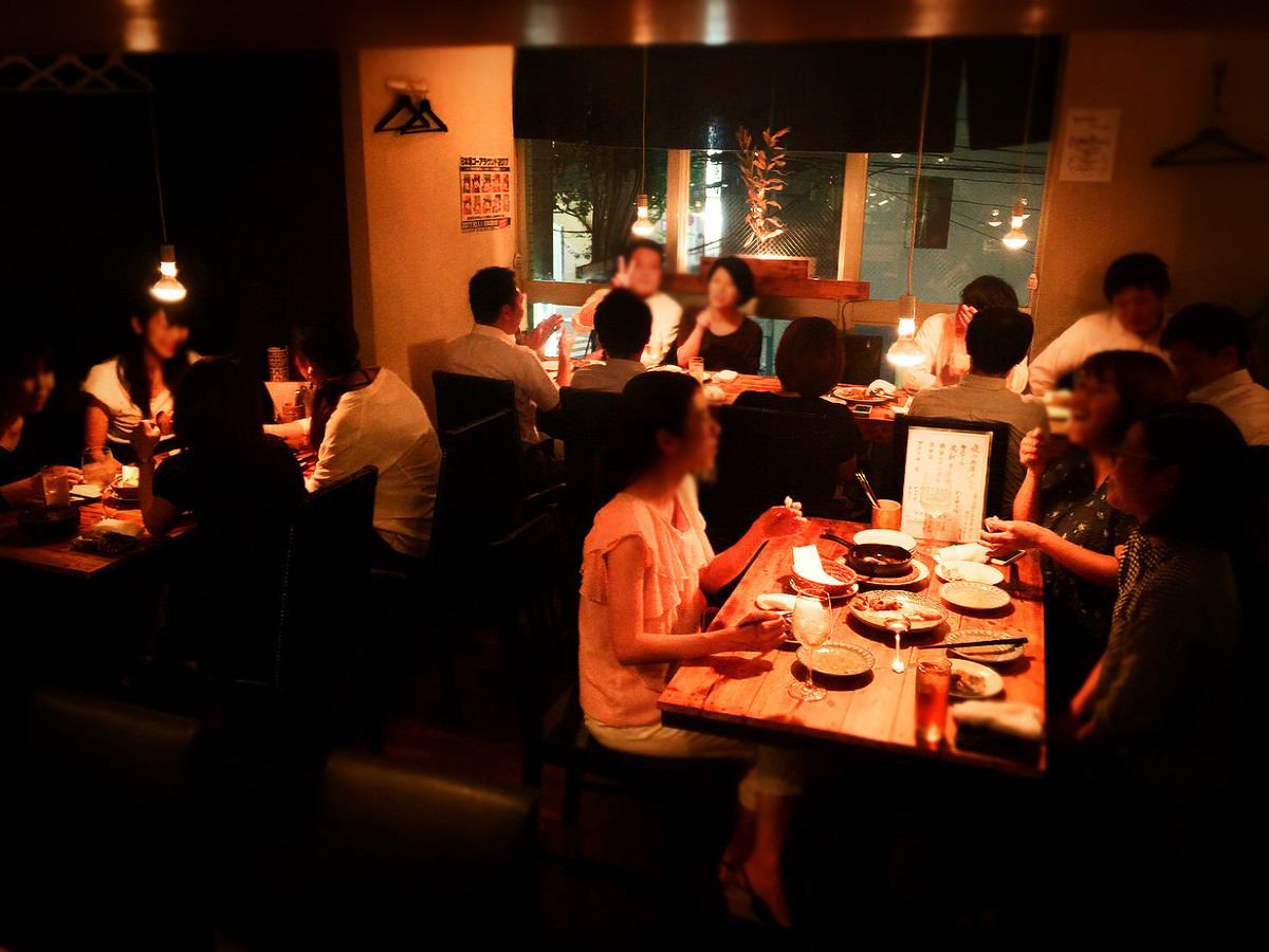 A bar where adults gather.You can enjoy sake and wine at reasonable prices ◎