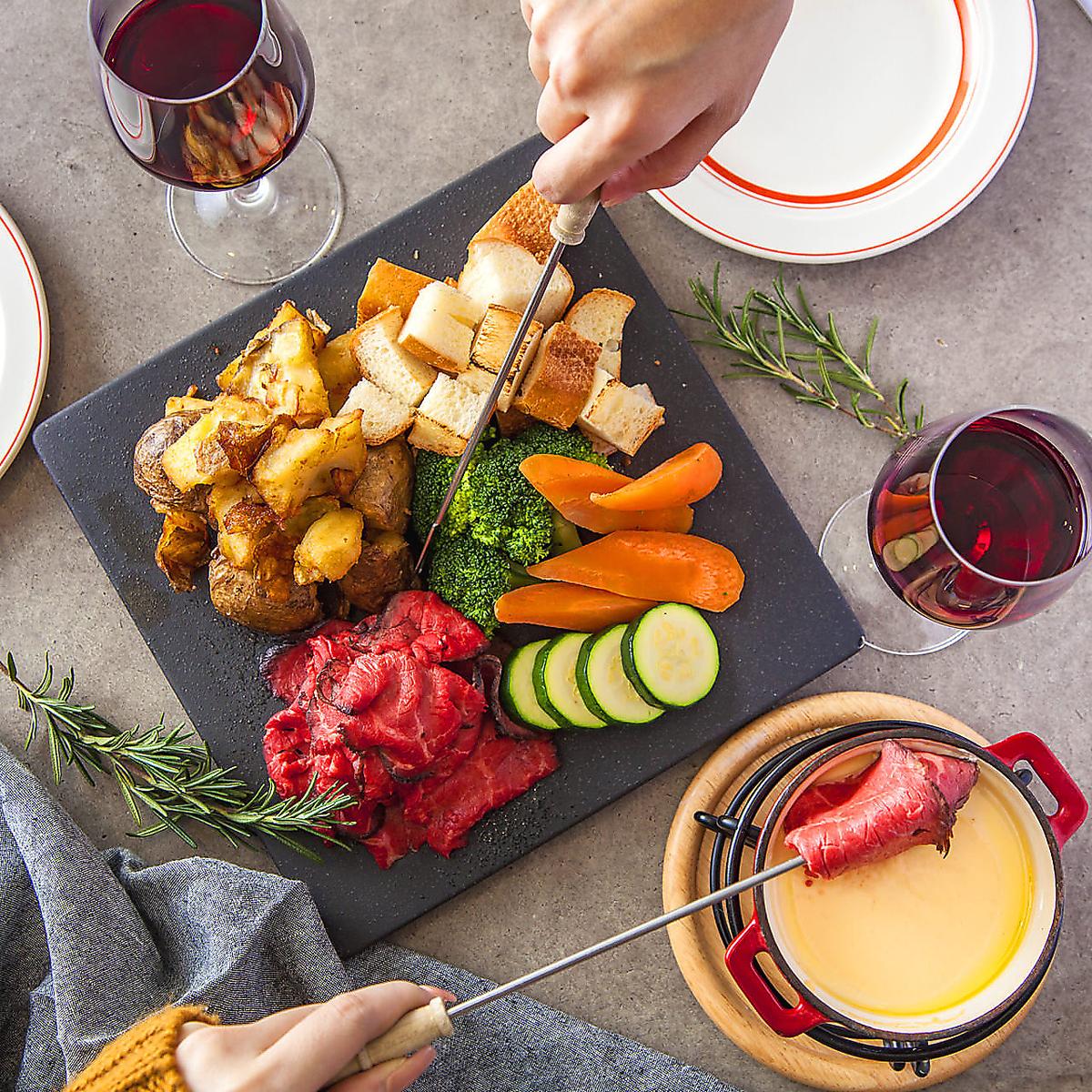 ワインはもちろんカクテルやサワー、焼酎の種類も豊富!