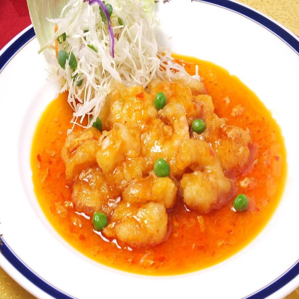 煮沸的辣椒酱虾
