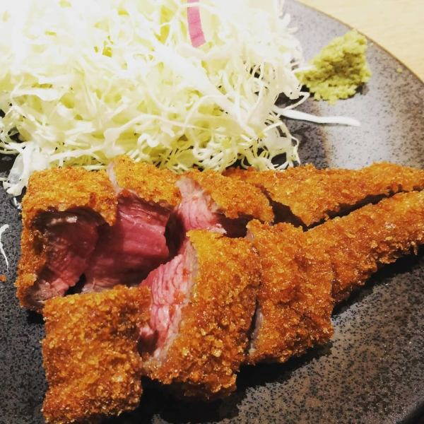 【New menu】 Steak with meat cutlet!
