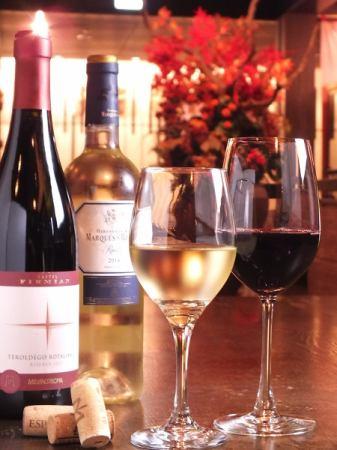 こだわりのワインと共に・・・