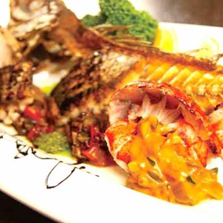 魚介の盛り合わせ クッチーナスタイル(オマール海老・魚・ムール貝)Assorted seafood Cucina style