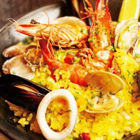 魚介のパエリア仕立て  Seafood paella