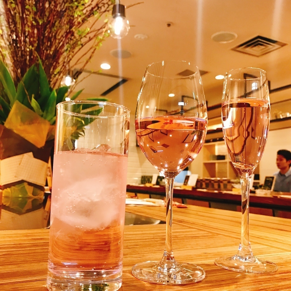 【Prepare limited wine and cocktail according to the season】