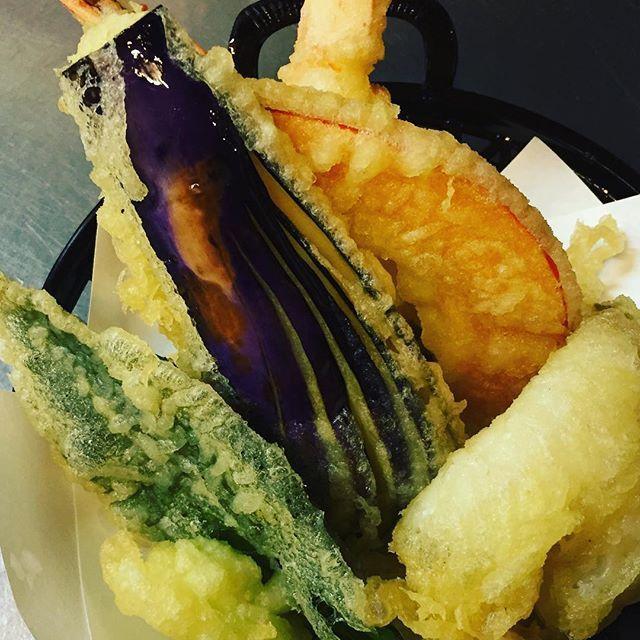 季節によって加賀野菜の天ぷらも◎