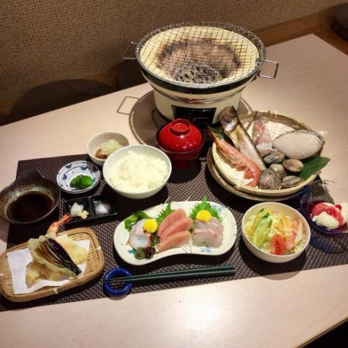 【お食事のみ】市場で仕入れた新鮮なお刺身と天ぷらが楽しめる満足コース2980円♪