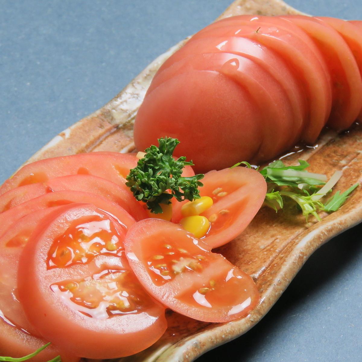 토마토 슬라이스 / 타코 야끼 (5 개) / 오징어 낫토