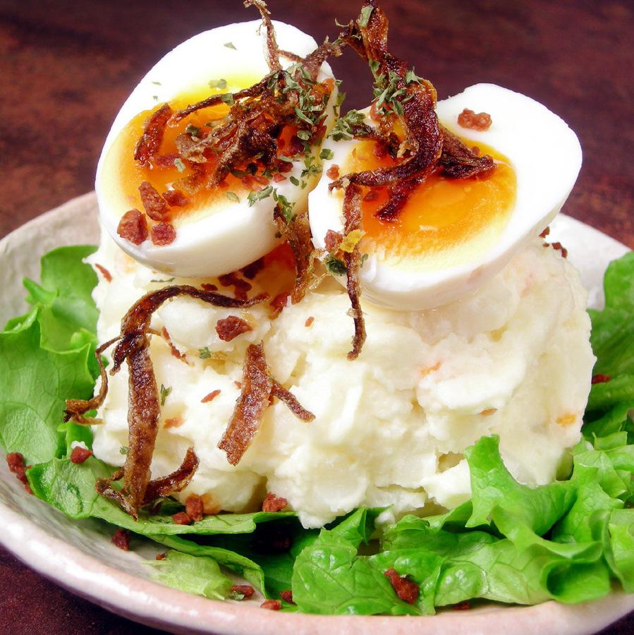 土豆沙拉用竹母雞雞蛋