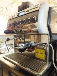使用稀有咖啡設備