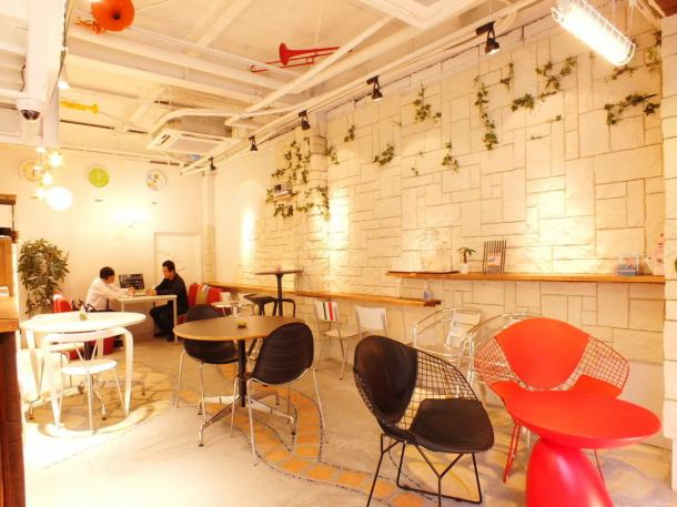 非常時尚的空間♪這是一個漂亮的商店,如果這樣的商店在附近,它將實現它。還有一個櫃檯,所以一個人很容易進入。在工作和家務之間享受輕鬆的假期,請品嚐美味的咖啡。