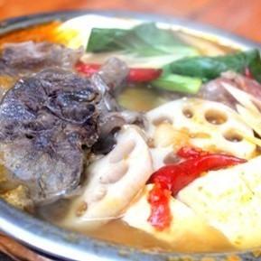 生博(牛肉辣鍋,麵條)