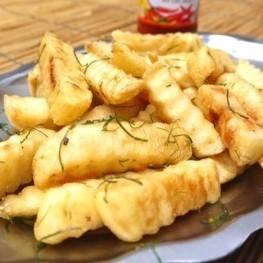 炸土豆/煮白菜和半橢圓形雞蛋noodam / rar手工火腿/鬆脆炸豆腐檸檬草味