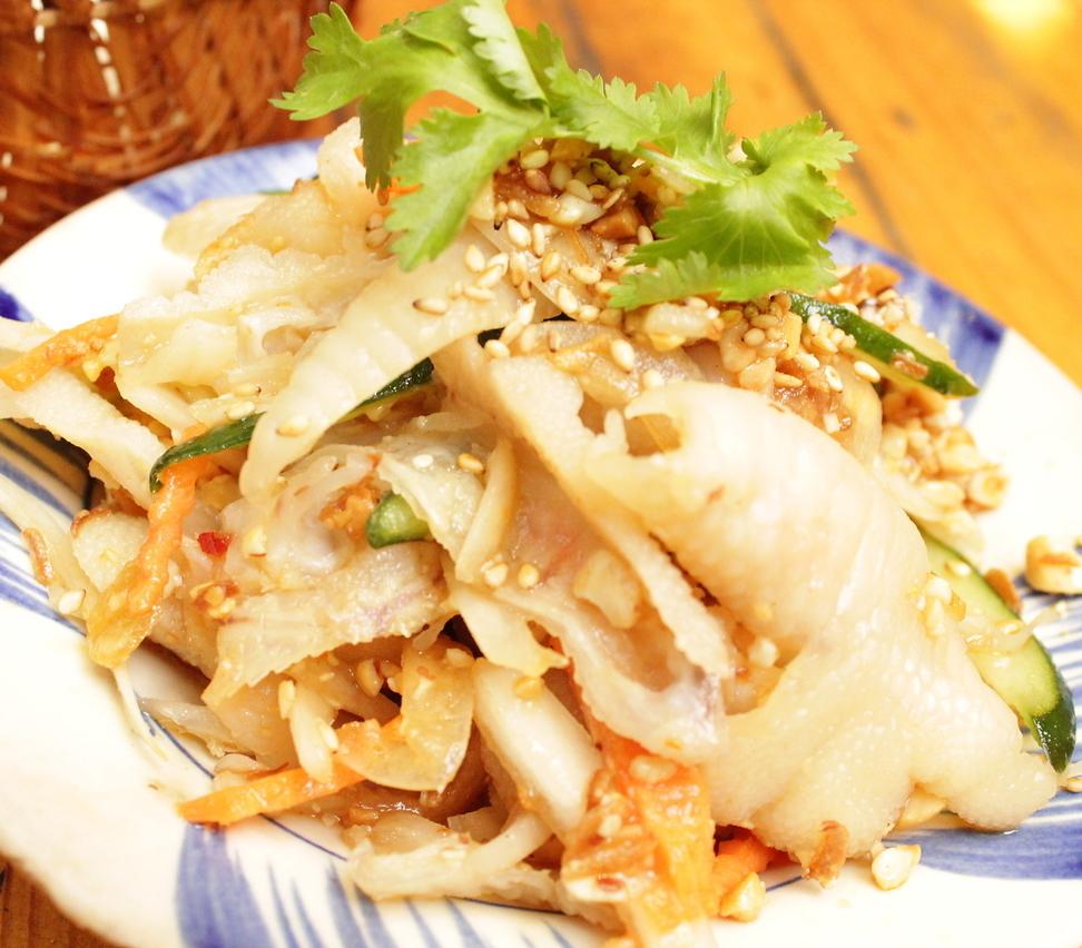 热鸡腿沙拉/煮鸡和白菜糖醋沙拉