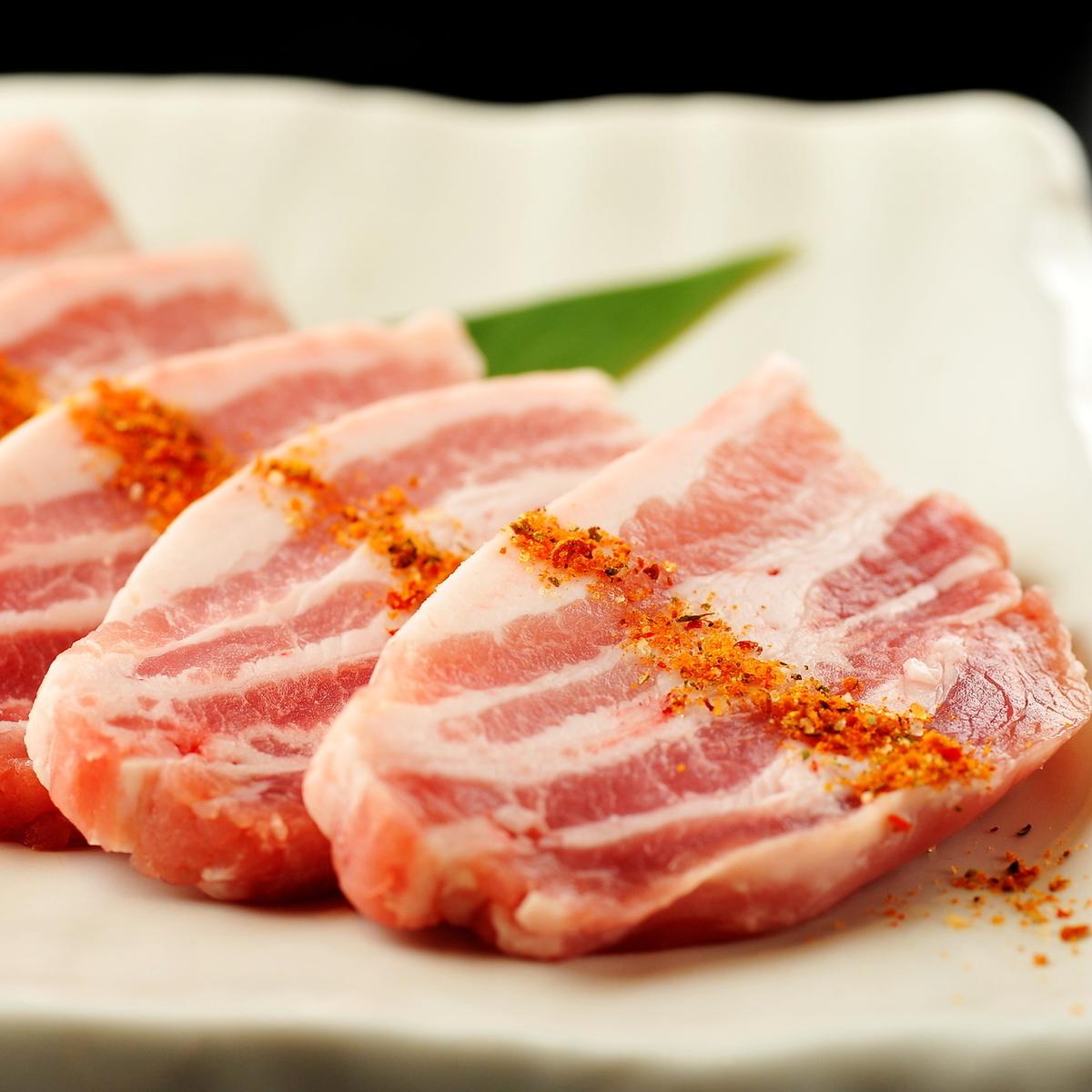 北海道上富良野産豚/カルビ 特製スパイス