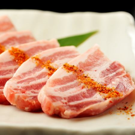 홋카이도 가미 후라노 산 돼지 / 갈비 특제 양념