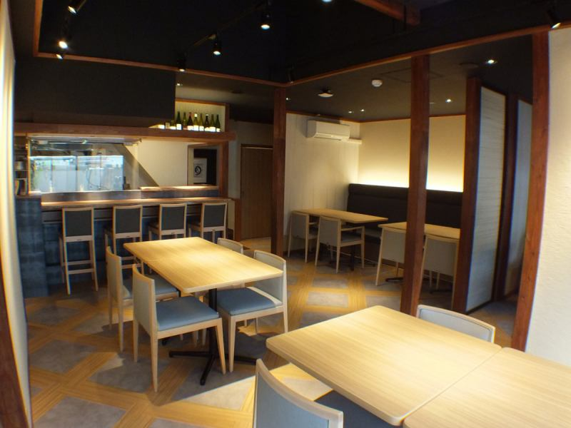 The first floor can accommodate up to 22 people! It is also recommended for groups ☆