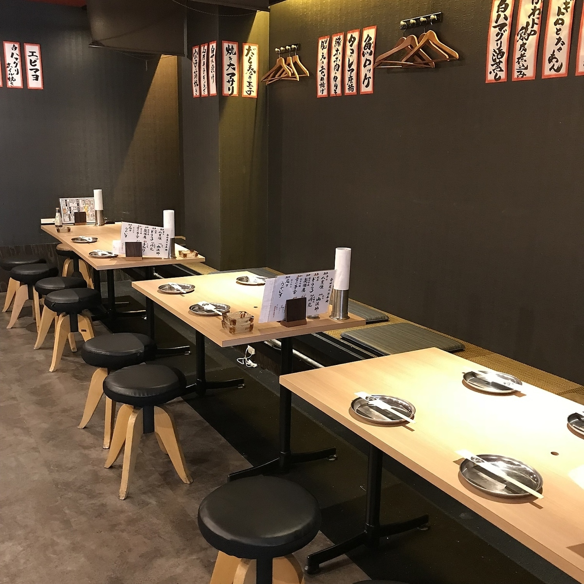 Spacious seats are available for private use ★ Please feel free to contact us.