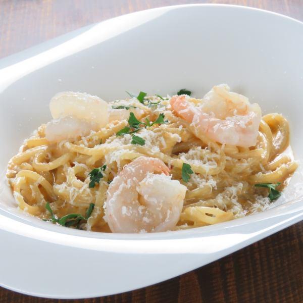 Tomato cream with Ise shrimp miso ☆ Fresh raw pasta ☆ 1,200 yen (tax excluded)
