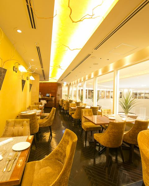 ◎ The atmosphere that you can enjoy fine quality on extensive lines of everyday ◎, with the theme of luxury reachable.