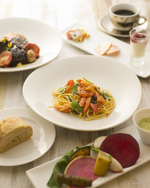 【Popular Prefix Ranch】 The popular lunch course where you can choose 6 kinds of pasta, 4 main types !!