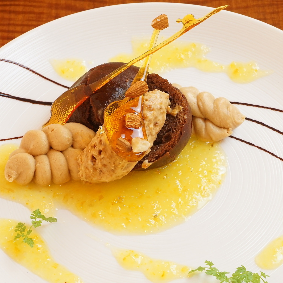 Pear caramelize and compote with cinnamon scented red wine semi-fred