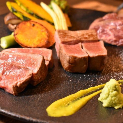 3種の赤身肉ステーキ盛り合わせ★ワインと合わせてぜひお召し上がりください!