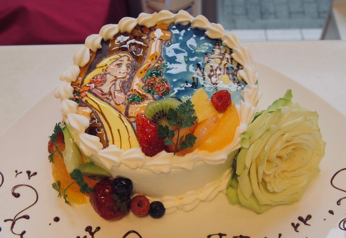 ケーキ お皿 盛り付け