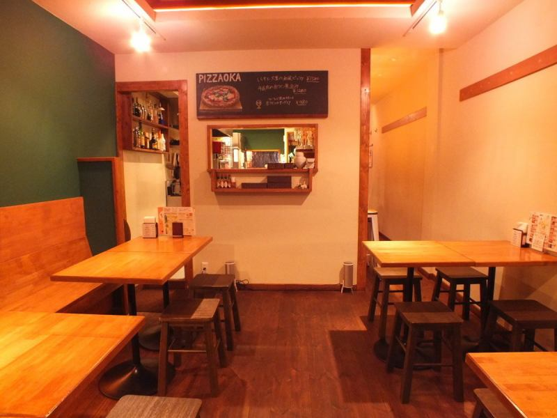 In Pizaoka We also accept reservations in the charter ★ because stocks delicious pizza and delicious sake, we certainly do spend a good time in our shop, we look forward to everyone of your visit mind ★