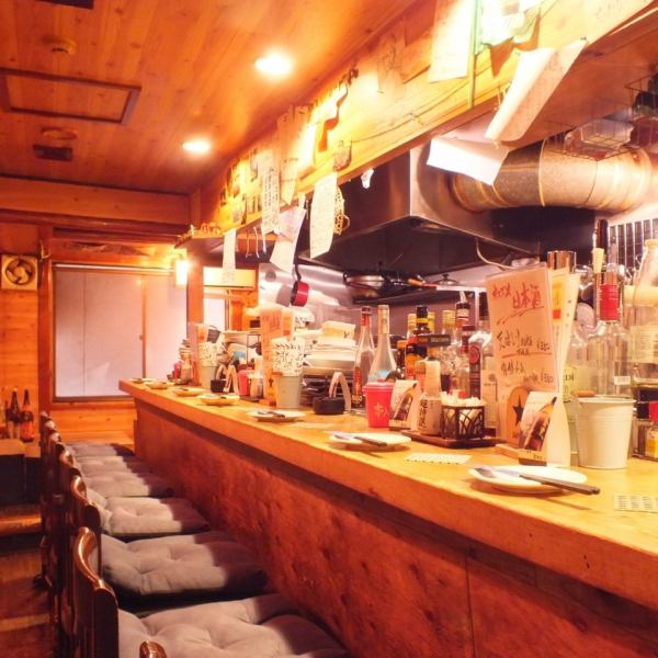 【Counter Seat】 ♪ Please do not hesitate to even savor a cup of saku on the way home from work!
