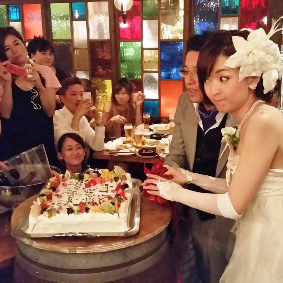 【Wedding Party】 60 people ~ OK! 5000 yen Course booking person Champagne tower, price of bride and groom · Free ★ A big hole cake blessing happy people.An important ceremony also with ViVi!