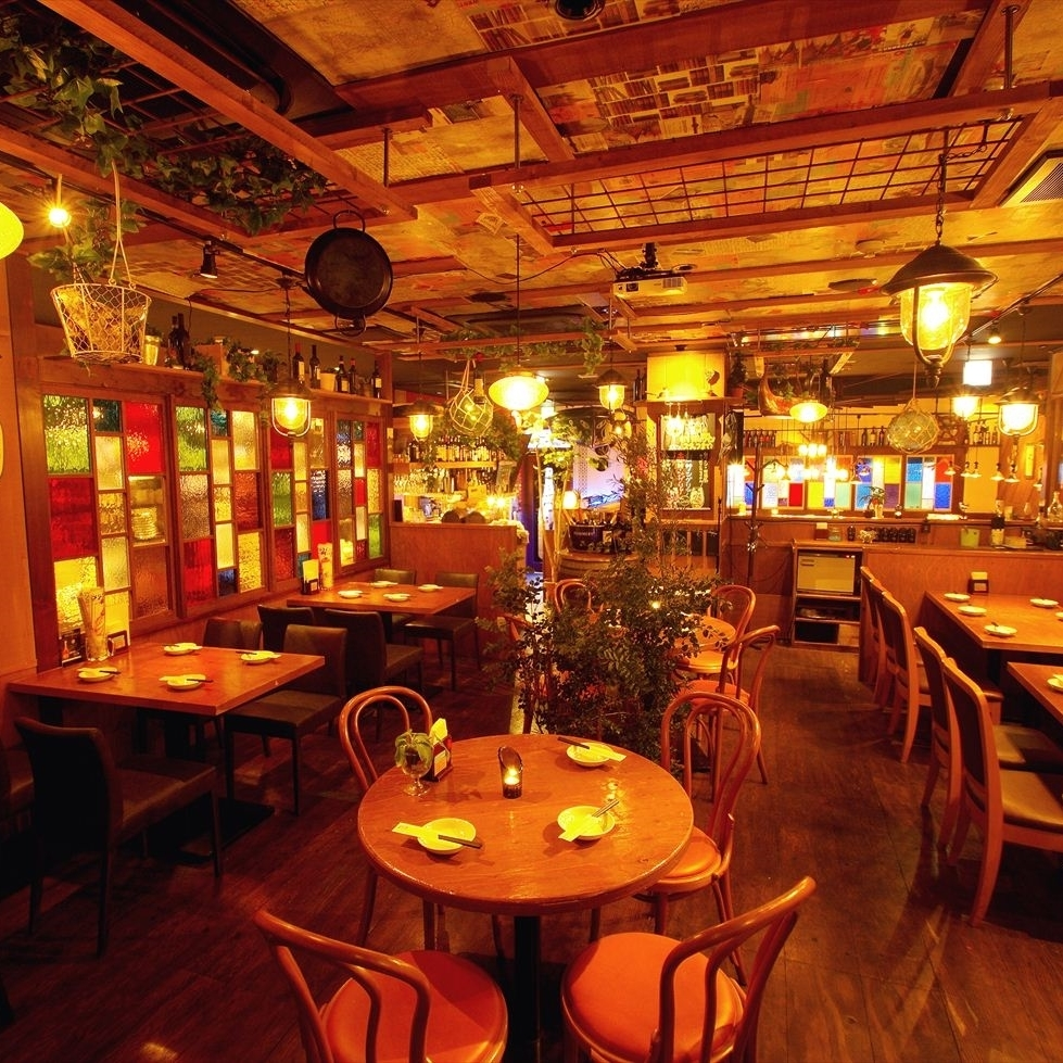 【Back Floor】 It is the charm of this floor that you can enjoy different views every time depending on where you sit.