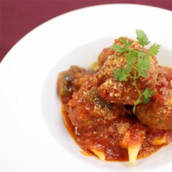 煮熟的牛肉煮熟的西红柿