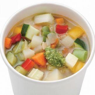 10種類のベジタブルコンソメスープ