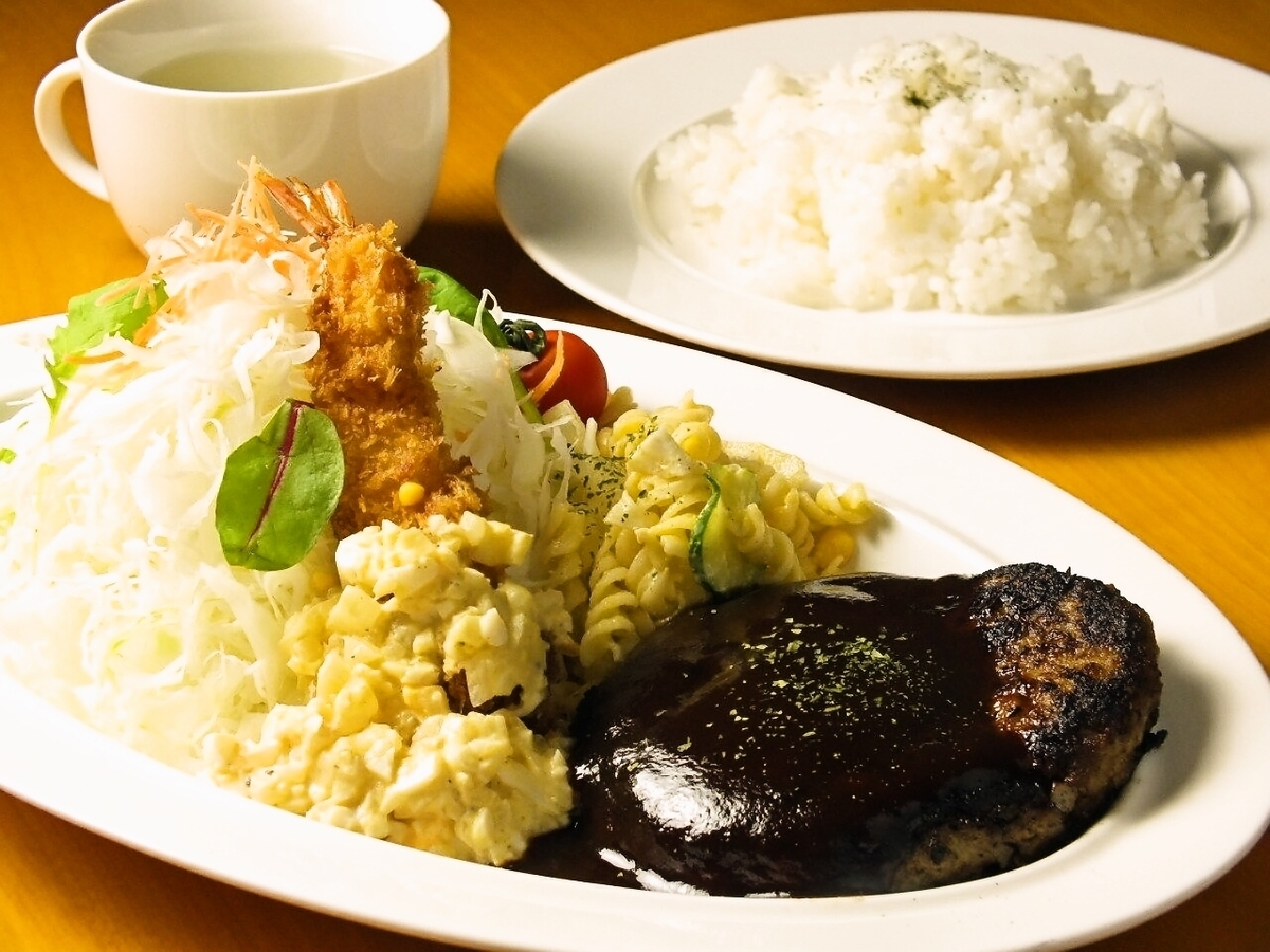 平日只提供受歡迎的午餐菜單♪