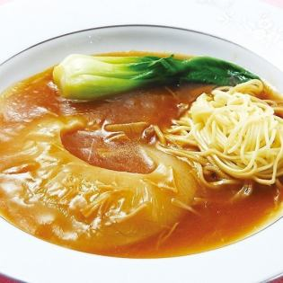 Simmered boiled shark fin